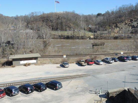 Amazement Square parking lot