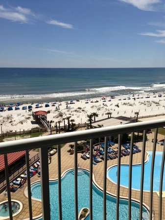 Hilton Pensacola Beach: View from 7th floor balcony of main building