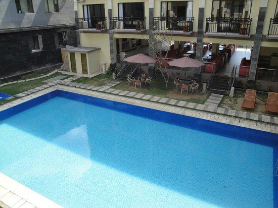 The Harmony Legian: pool