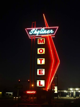 Awesome neon sign at night - Picture of Skyliner Motel, Stroud ...
