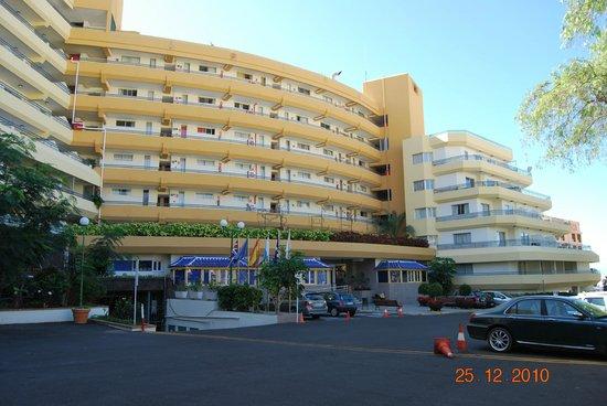 HOVIMA Santa Maria: Hoofdingang van het hotel