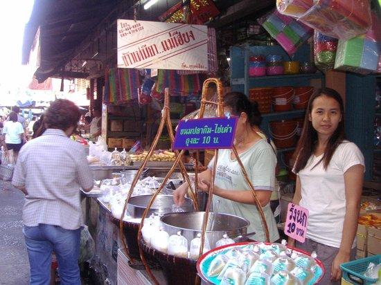 Talad Plu Market