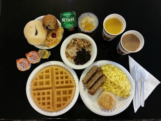 BEST WESTERN Albemarle Inn: Most important meal of the day Breakfast!