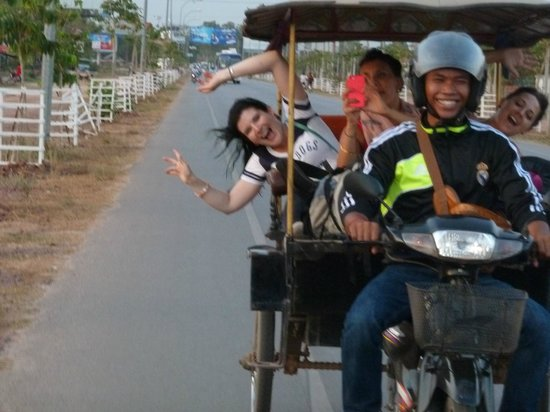 Advisor Angkor Villa: On our way from Airport to the ViIla