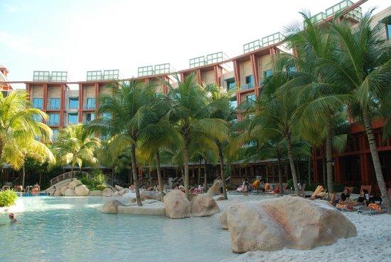 Hard Rock Hotel Singapore: The artificial beach