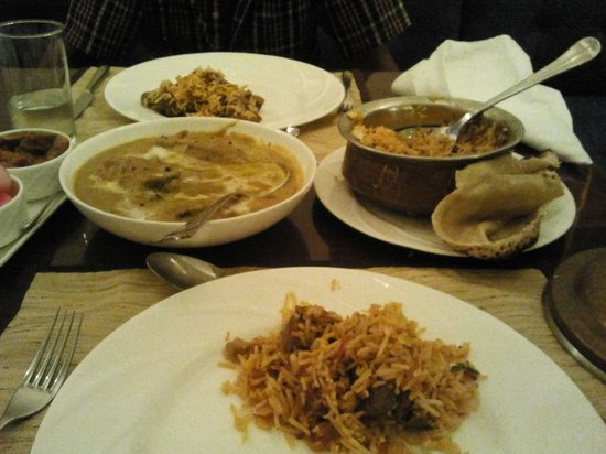 Sai Khandelaa Restaurant & Banquet Hall : Our order