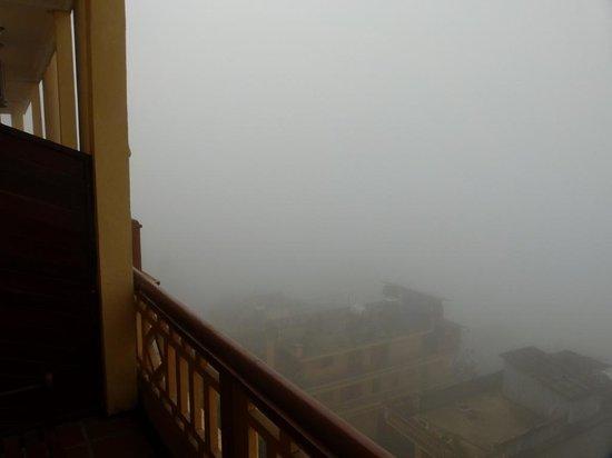 Holiday Sapa Hotel: Holiday Sapa view from balcony