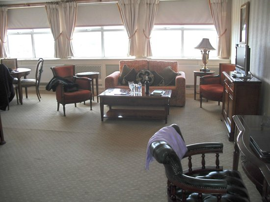 Hotel Meyrick: Well furnished suite