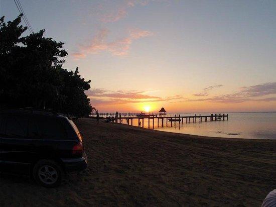 Blue Bahia Resort: Sunset