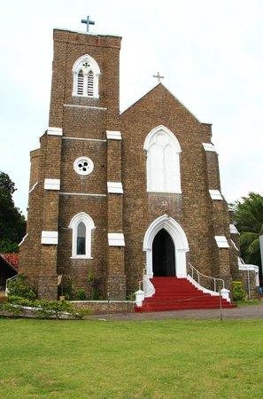 Christ Church: The Church