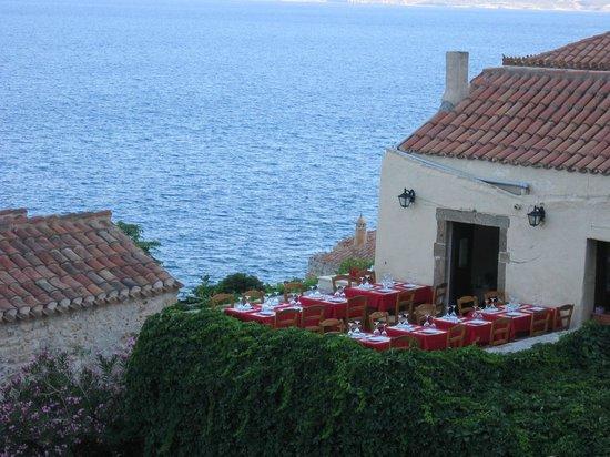 To Kanoni: Top terrace