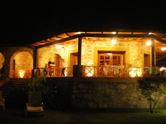 Hotel Pinares del Cerro: Vista del casco antiguo, actual restaurant