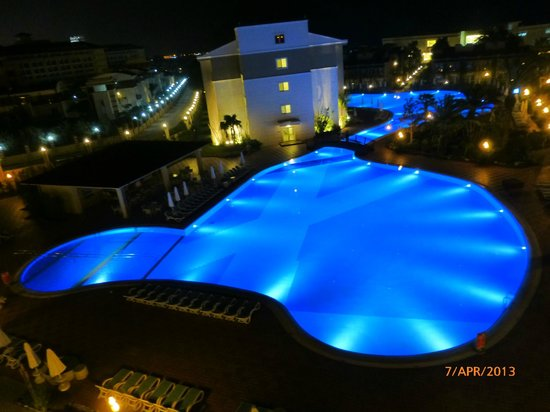 Paloma Oceana Resort: View from our room of main pool at night