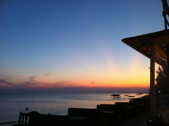 Yeniciftlik, ตุรกี: SUNSET AGAIN