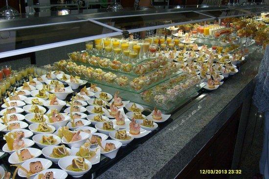 Hotel Riu Palace Macao : buffet grandiose
