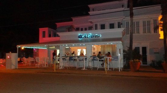 Mares Restaurant & Guest House: Worth the Drive