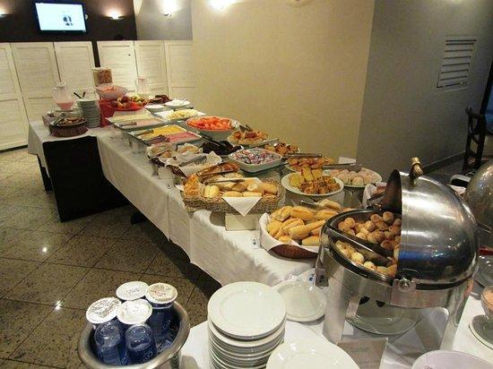 Transamerica Executive Faria Lima : Breakfast buffet