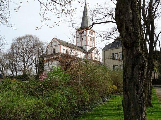 Doppelkirche: Kirche aus südwestlicher Richtung gesehen