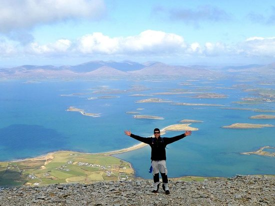 ‪‪Croagh Patrick‬: At the top!!‬