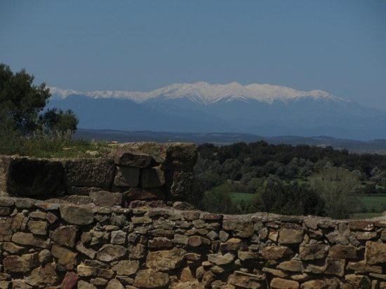 Museo Arqueológico de Cataluña-Ullastret: Snow-capped Pyrenees viewed from the hill