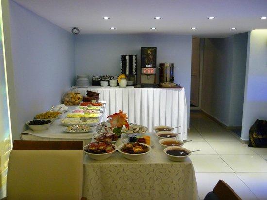 Hotel Sultan: Breakfast buffet