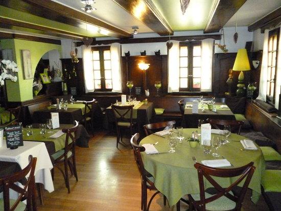 Tagsdorf, Франция: La salle du restaurant