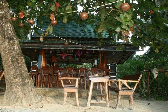 Seaflower Bungalows : Bar sur la plage
