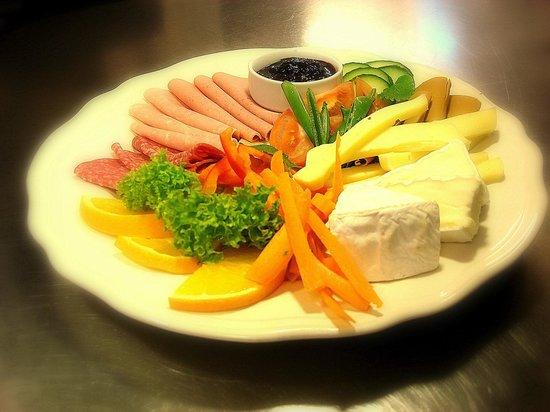 Paulsens Hotell & Cafe: Breakfast