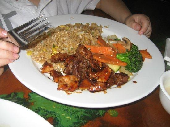 Sakura Cafe: hibachi veg, fried rice, steak and chicken