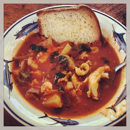 Bimini Magical Vacation B & B: Delicious conch chowder with freshly caught conch
