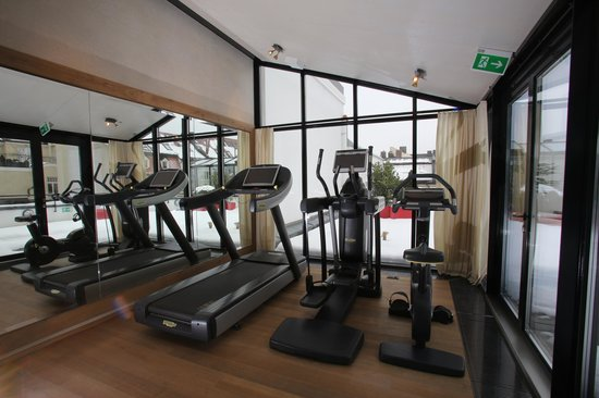 Hotel Muenchen Palace: Fitness with Techno Gym Equipment