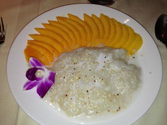 Kok Ping: Mango sticky rice