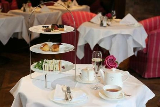 Hotel Muenchen Palace: Afternoon Tea