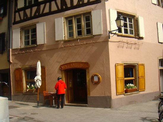 La Cambuse: The restaurant from outside