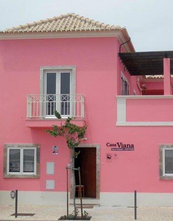 Casa Viana Guesthouse: Front