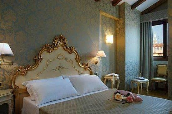 Photo of Hotel Torino Venice