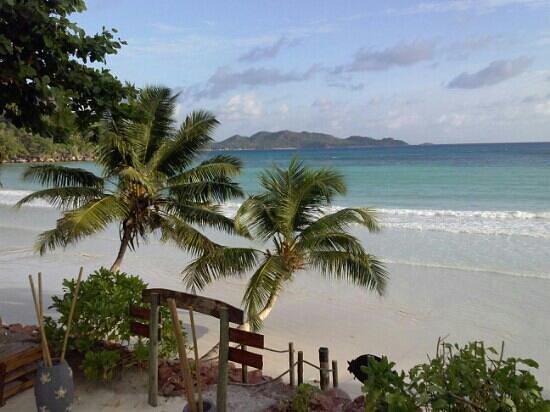 Le Duc de Praslin: Anse de Volbert~ Praslin~ Seychelles