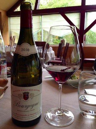 La Toute Petite Auberge : wine