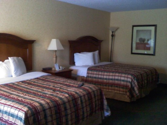 Days Inn Klamath Falls : room