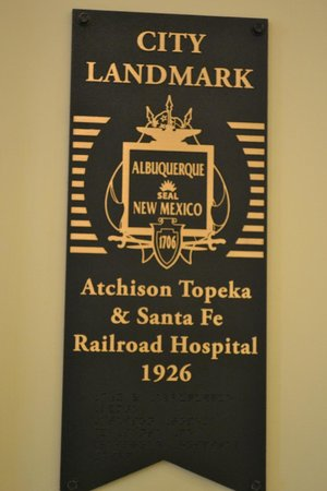 Hotel Parq Central: A Plaque posted in the hotel