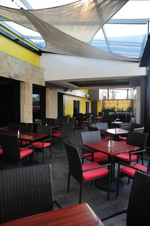 Cafe Honore : Terraza