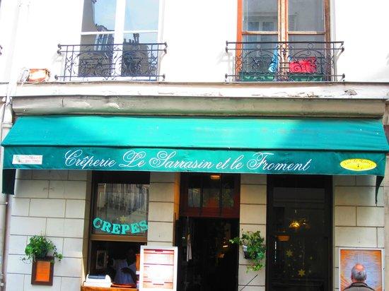 Un pont l 39 ile picture of ile saint louis paris tripadvisor - Hotel ile saint louis ...