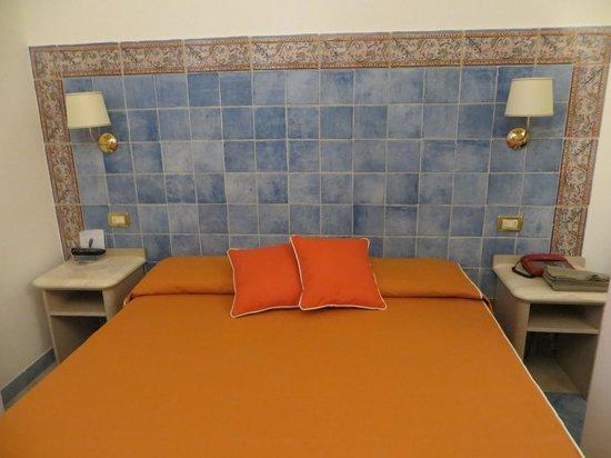 Hotel Punta Mesco: Bed