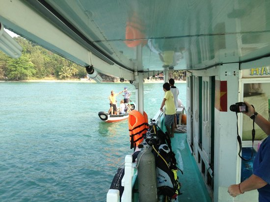 Rainbow Divers-Phu Quoc: getting to the boat
