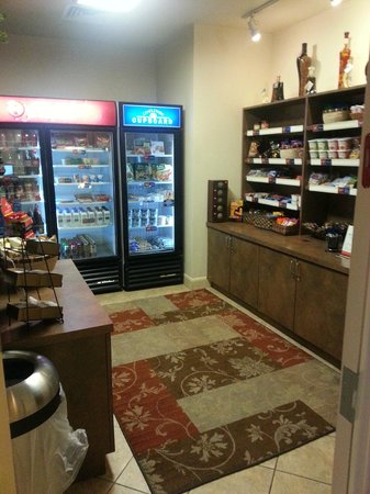Candlewood Suites Hotel Jefferson City: store