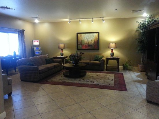 Candlewood Suites Hotel Jefferson City: lobby