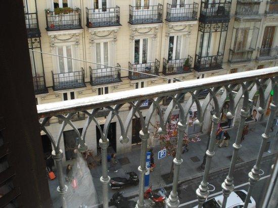 Hostal Patria: Vista desde el balcón (frontal)