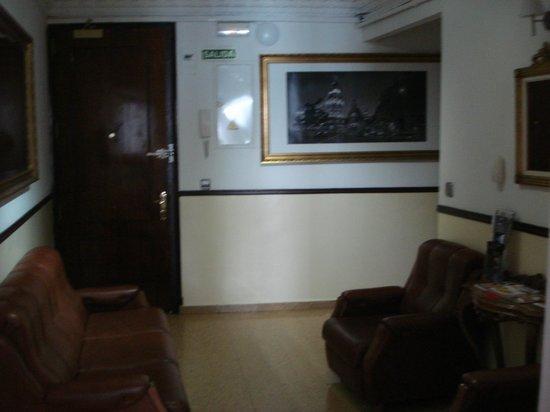 Hostal Patria: Hall de entrada