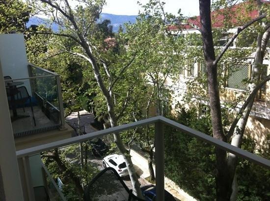 Y Hotel: balcony