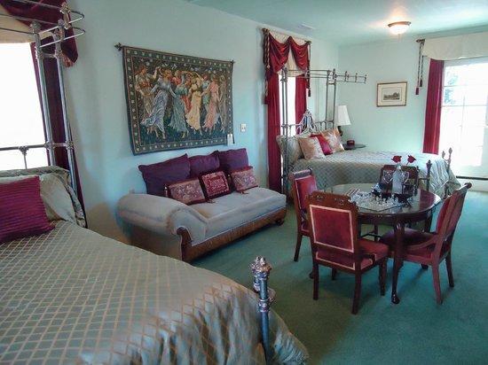 Lakeport English Inn: Elizabeth One